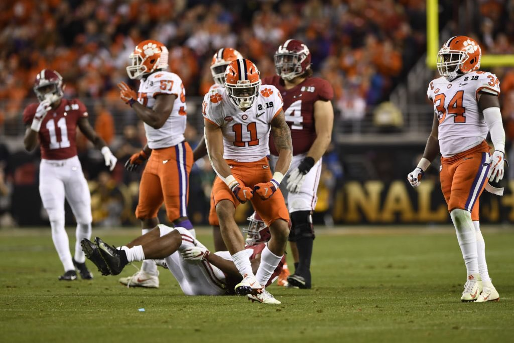 I have been waiting for this day for a long time...I am extraordinarily excited to announce that I have received an offer from the defending national champions CLEMSON TIGERS!!!  #ALLIN  @coachd_dub @OBallcoach @joneal39 @H2_Recruiting @DaRealMarc @CoachVenables @coachski_ <br>http://pic.twitter.com/zBUzGsVL70