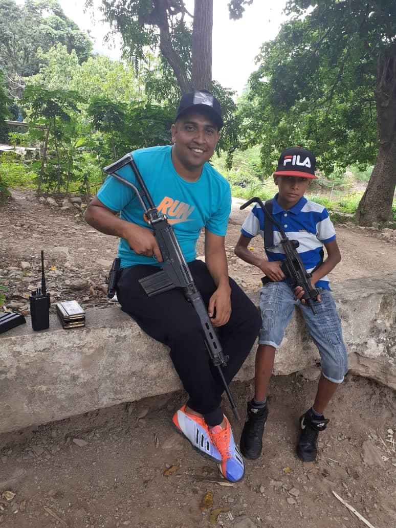 Detalle: La organización delictiva de Carlos Conejo entrena a menores de edad con armamento de la Fuerza Armada Nacional Bolivariana (Fanb). La banda tiene su base de operaciones en Las Tejerias (Ara)