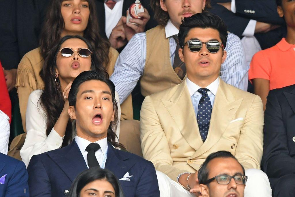 .@deepikapadukone, @henrygolding and #ChoiSiwon were seen enjoying every moment of #WimbledonFinal in London <br>http://pic.twitter.com/TwFuE21Iyy