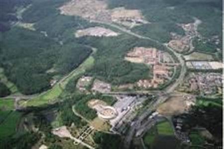 【地盤安定】「岡山に首都移転を」東日本大震災以降に移住増加も近年の研究で、吉備高原には活断層がなく地盤が強固なことが明らかに。「地質学的観点でも首都にふさわしい」のだという。
