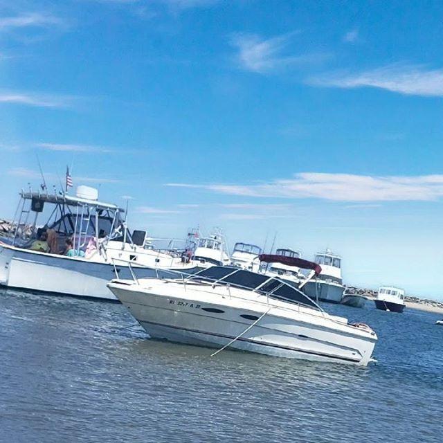 It Just Looks #Fast... #BlockIsland #FishingTrip #iThrewupCauseImWeak #boating  #djs #boats #boat #boatlife  #dj  #boatshow  #edmnation #edmlove #producers #boats  #boatlife #musicproducer  #boat #producer #producergrind #boatshow #edmvibes #edmmusic #pr… https://ift.tt/2YQKji0