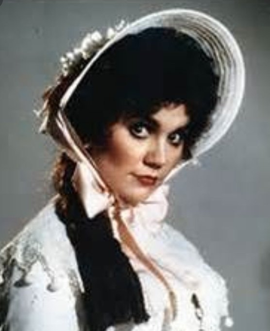 Happy birthday to one of my favorite vocalists of all time and a nominee LINDA RONSTADT.
