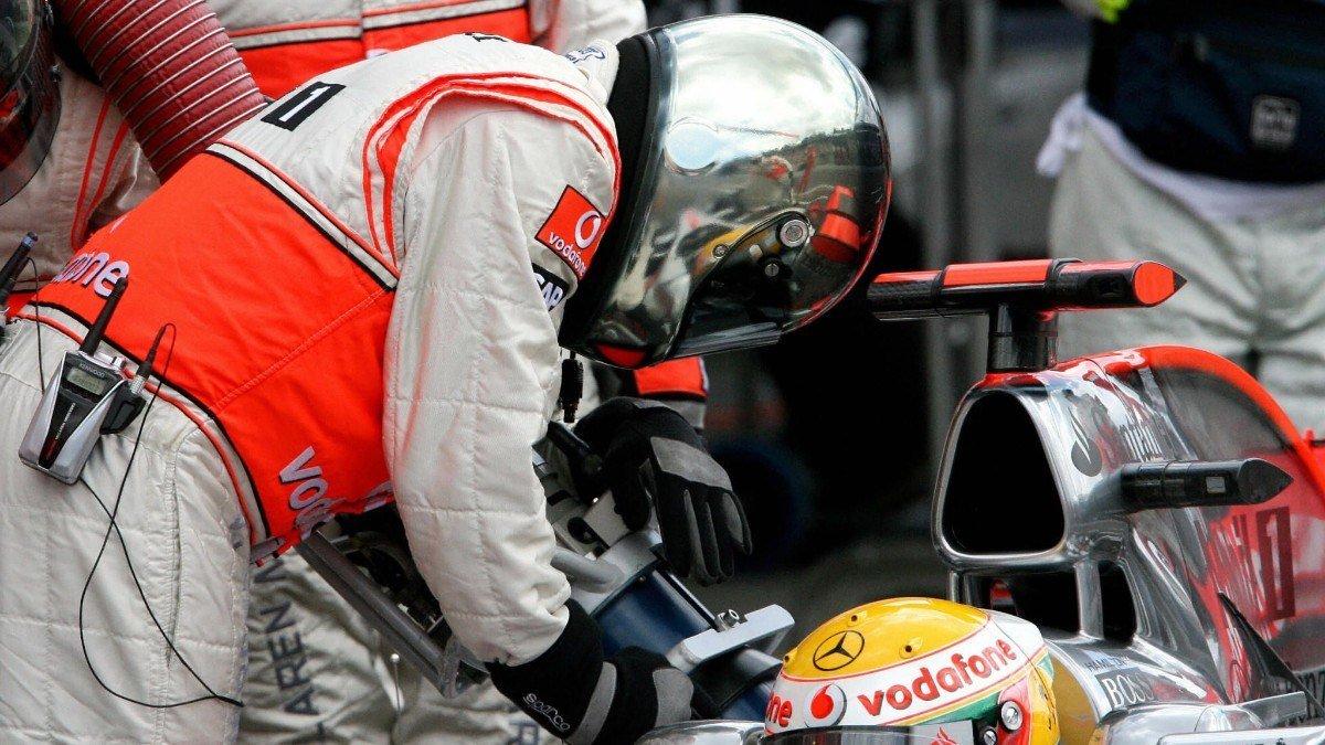 #F1   La propuesta de Jean Todt para mejorar la F1: fuera ayudas a los pilotos y dentro repostajes.  ➡️ http://bit.ly/2LUuhzW  #Fórmula1 #JeanTodt #FIA #Repostajes #Telemetría #AntiStall @FIA