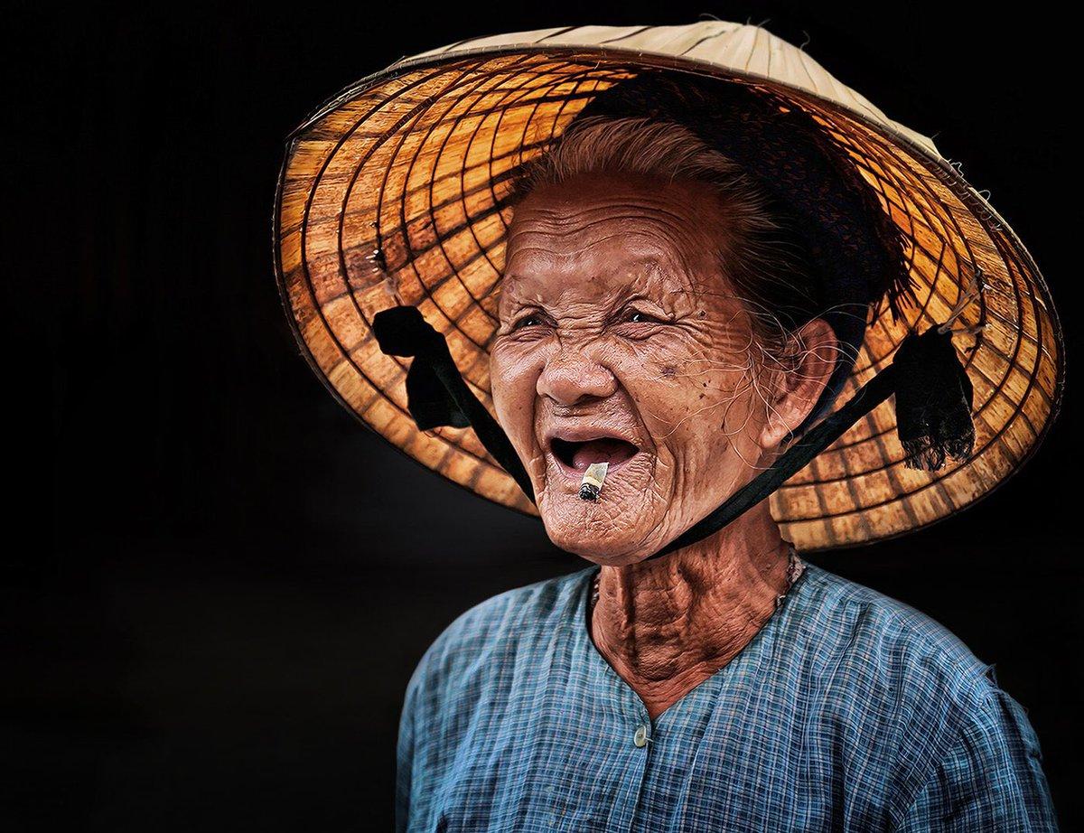 целом картинки смешные вьетнамцы художник отличается индивидуальным