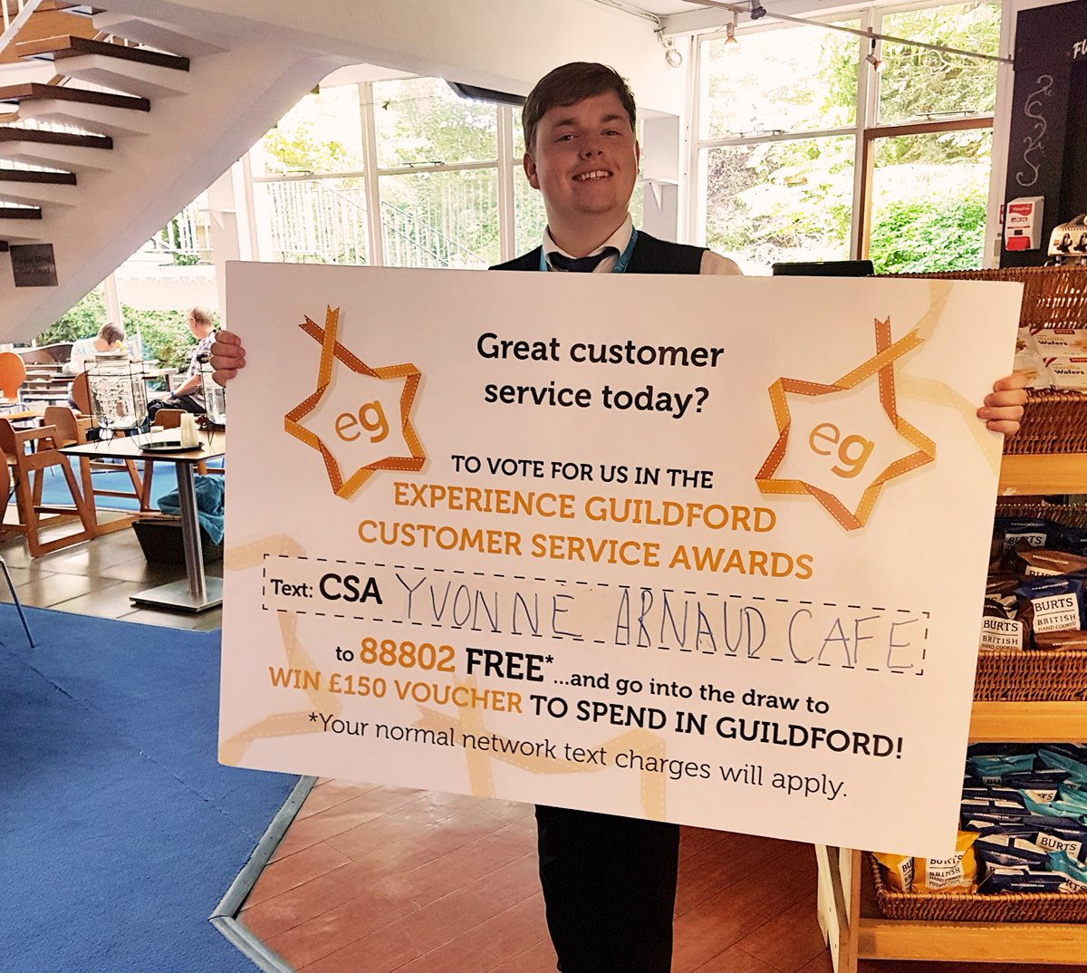 You only have 3 days left to vote for us in the @ExperienceGford #CustomerServiceAwards! Text CSA YVONNE ARNAUD CAFE or CSA YVONNE ARNAUD THEATRE to 88802 for FREE to vote and be entered into a #PrizeDraw to win £150 of #Guildford vouchers!  http:// ow.ly/bE3k50v1IvB    <br>http://pic.twitter.com/CeDOv8X1ON
