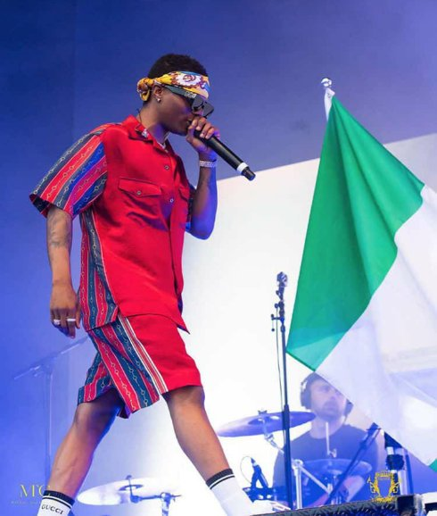E When life isn't that perfect and dreams are not coming true as package... @wizkidayo  on replay is only medicine that bring me up.. Thanks for healing the world with you music we love you one and we love you all #Worldwizkidday Happy birthday jigga man <br>http://pic.twitter.com/myrvfmAGA0