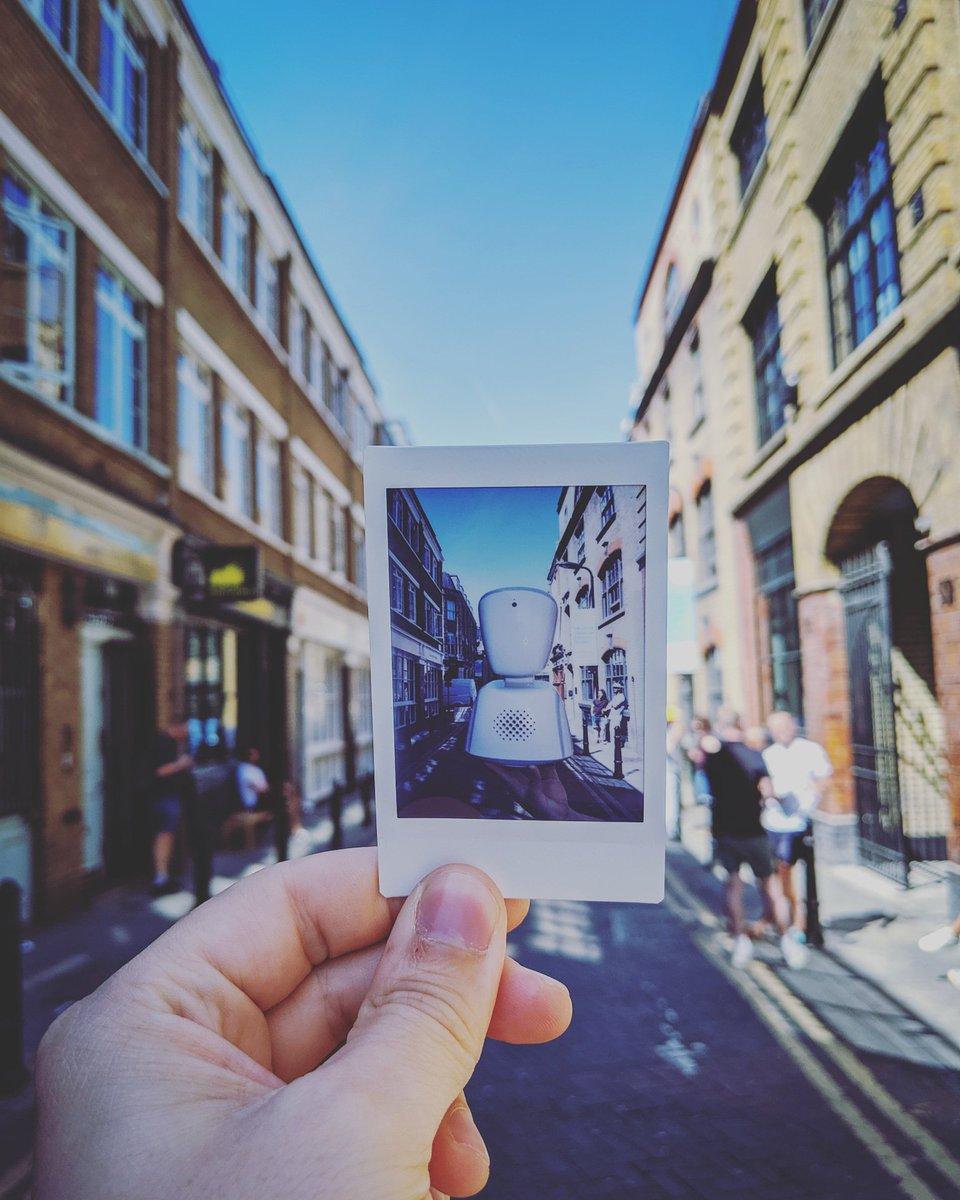 Android Polaroid instagram.com/_noisolation