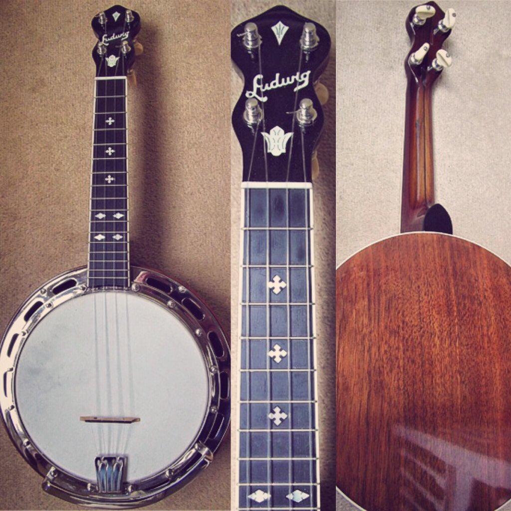 Latest addition to the #Ukulele Market page... wow!  http://www. AndyEastwood.com     #Ludwig #banjolele #vintage #1920s #uke #banjo<br>http://pic.twitter.com/ThSO7M4NV7
