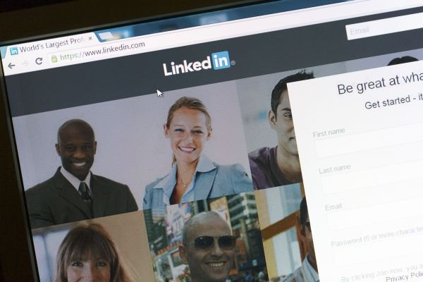 Expert guidance to maximize your LinkedIn presence dlvr.it/R8VK4t
