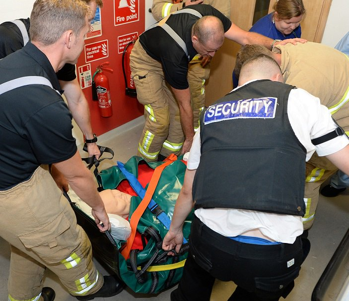 #Rescue or handling #Training for scenarios involving people suffering from #Obesity? See how a Bariquin can help youtu.be/a-MnrHkrlsE #Fire #Paramedic #Ambulance #NHS #Nurses #HART #Firefighter #SAR #ISAR #Hospital #Care #BariatricTraining #Bariatric #PatientSafety #Dignity