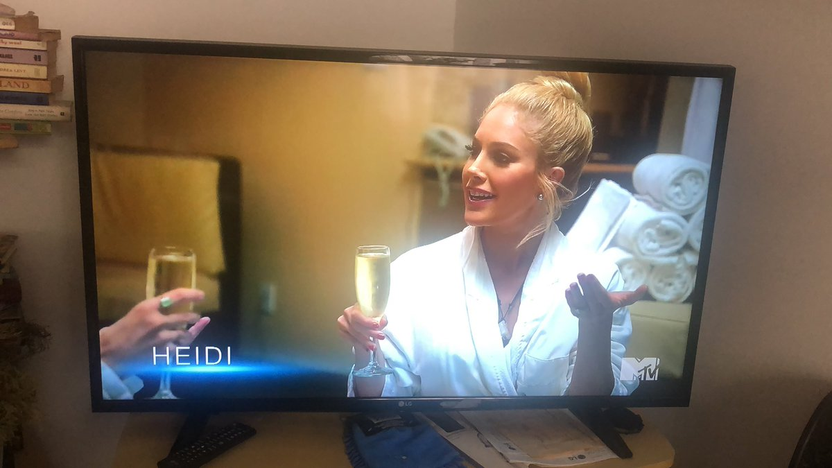 But really. Glass is always just full full on @heidimontag world. Is there a PA dedicated to keeping her glass to the brim? #TheHillsNewBeginnings @MTV