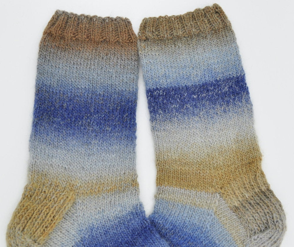 RT @solveigakiran1: Socks for men, Beautiful socks for him, Hand knitted wool socks for boots, Christmas gift idea 2018 https://etsy.me/2CG9J9O #Woolsocks #Etsy #handknit #Womeninbusiness #HappyMonday #smallbusiness ##EtsyTeamUNITY #Pottiteam #onlinecra…