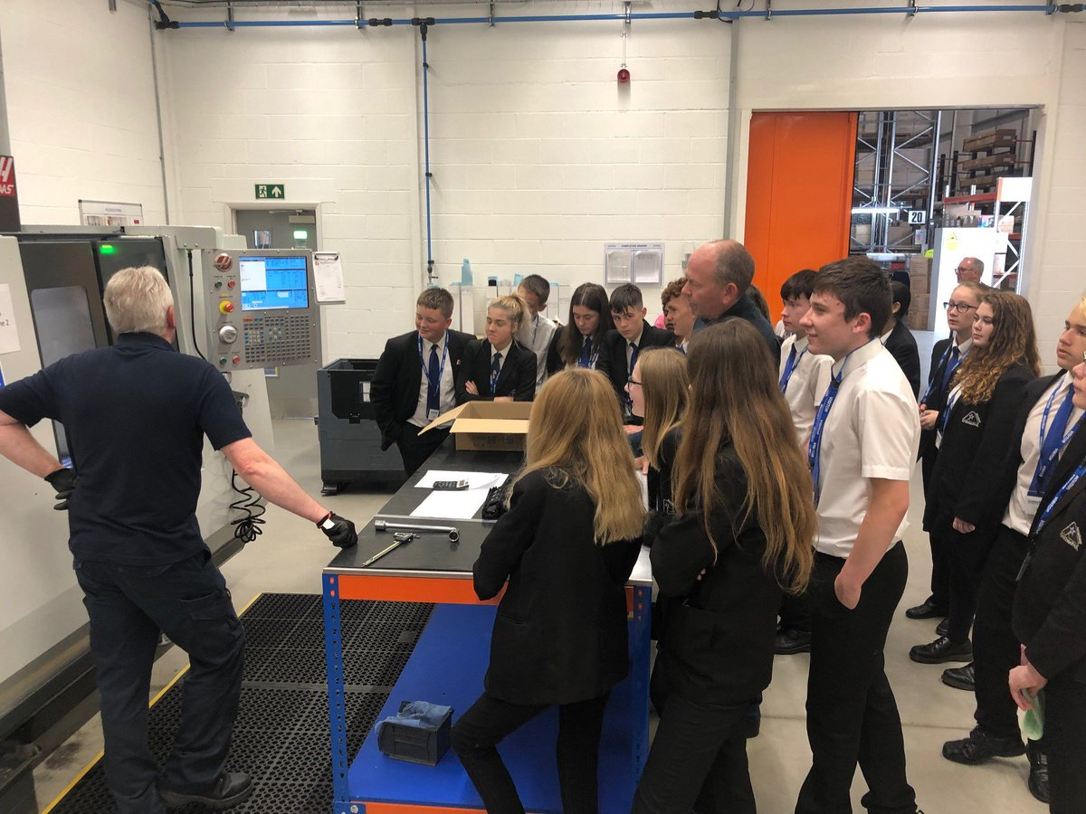Our Y10 students visited OE Electrics last week, they had an enjoyable day learning about manufacturing and saw all aspects of the business and design right through to production. Thank you @OEElectrics!