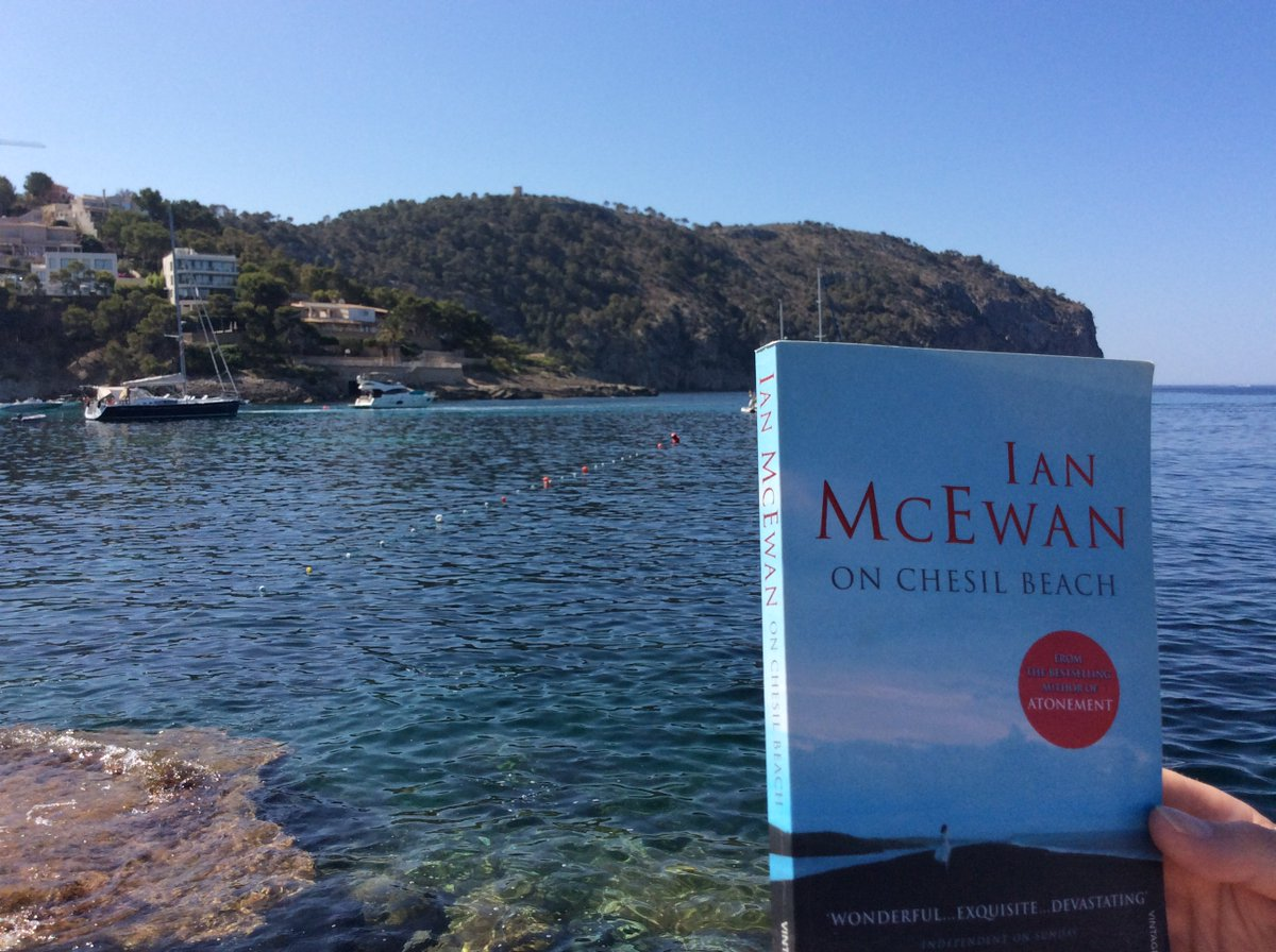 Here's our first picture for the #BigBookGetaway from a Yolande at Good Hope Hospital!  It's this month's book for the Good Hope Book group #OnChesilBeach by Ian McEwan <br>http://pic.twitter.com/dEk1tATqLG