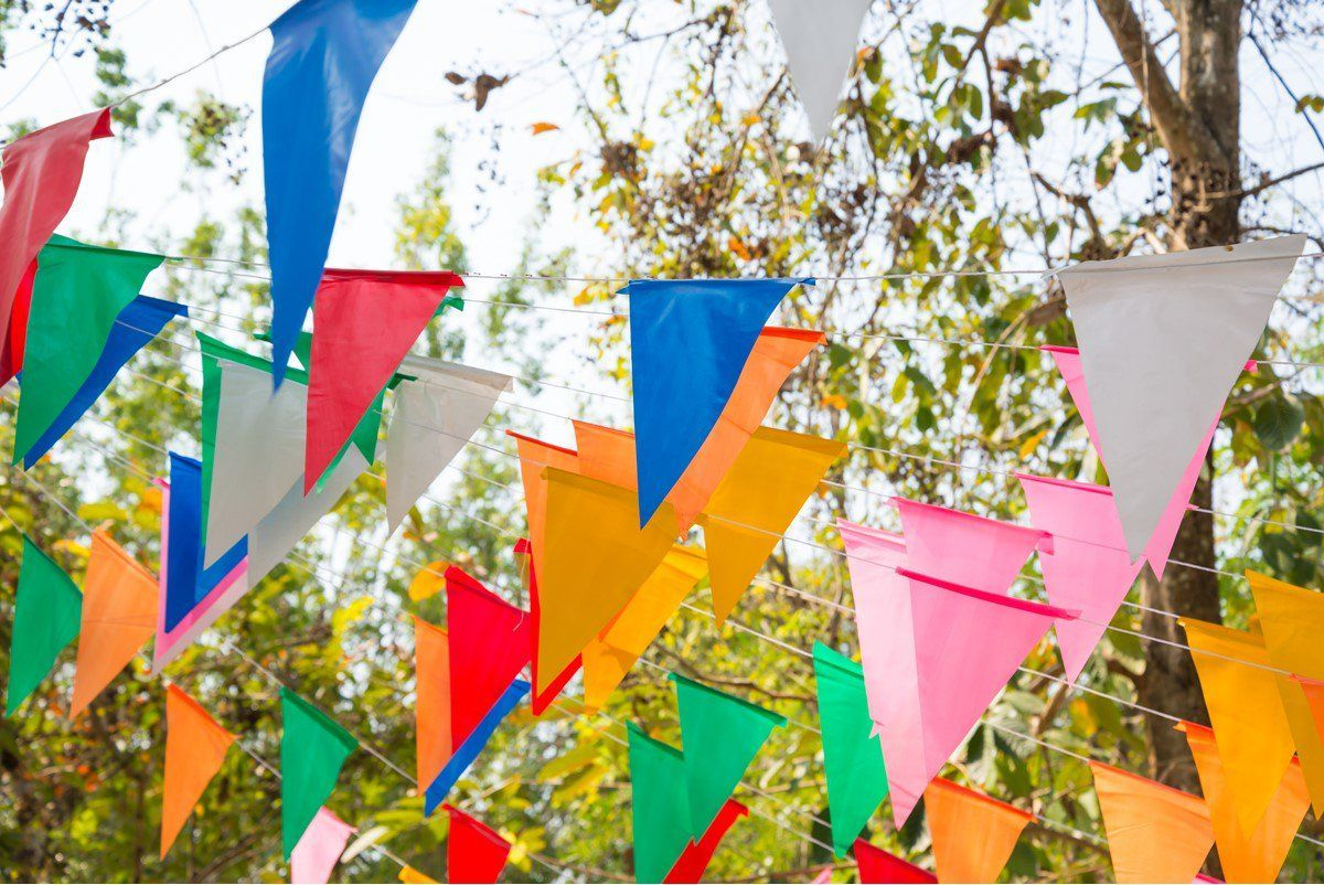 Summer is here, school is off (almost!), and it is time for Festivals! Where can we find the best family-friendly festivals this summer? @MotherAndBaby has got them all: https://buff.ly/2kbCwMz  #summerholidays #tuesdayvibes #familytime