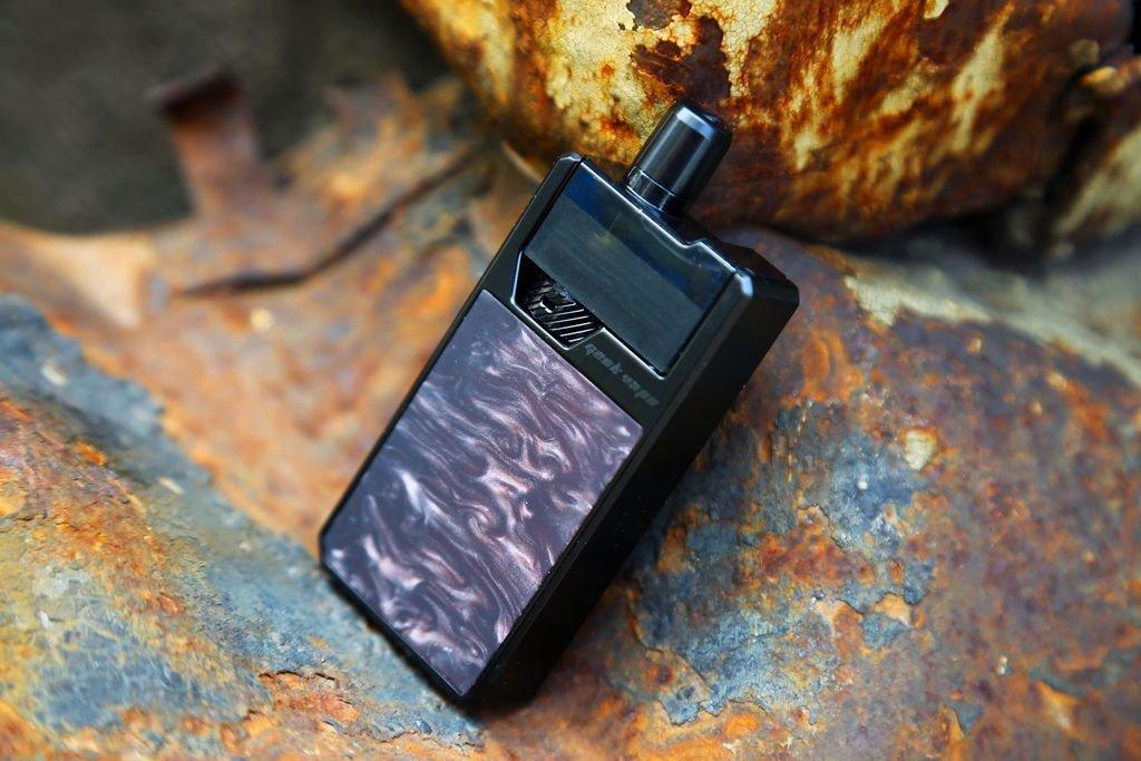 Black Onyx color of GeekVape Frenzy Pod Kit, fancy it
