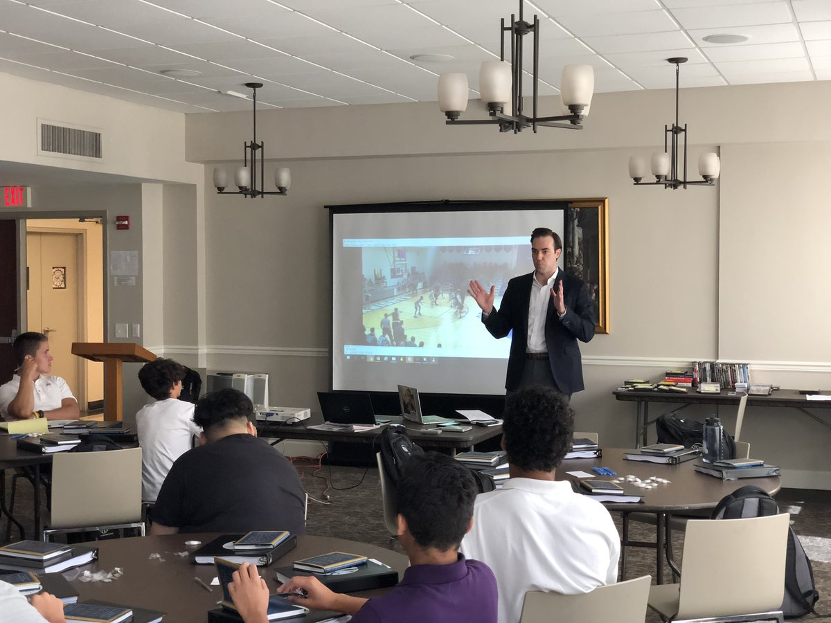 """Day 1 with @SanMiguelDC rising 8th grade boys in the books.  We were visited at @StJohnsCHS by Patrick Moehrle from @Deloitte and current @marchmadness referee.  Mr. Moehrle spoke to our students about using """"failure as an opportunity for growth"""" and """"leadership of self."""" <br>http://pic.twitter.com/Un62ob8yWL – à St John's College High School"""