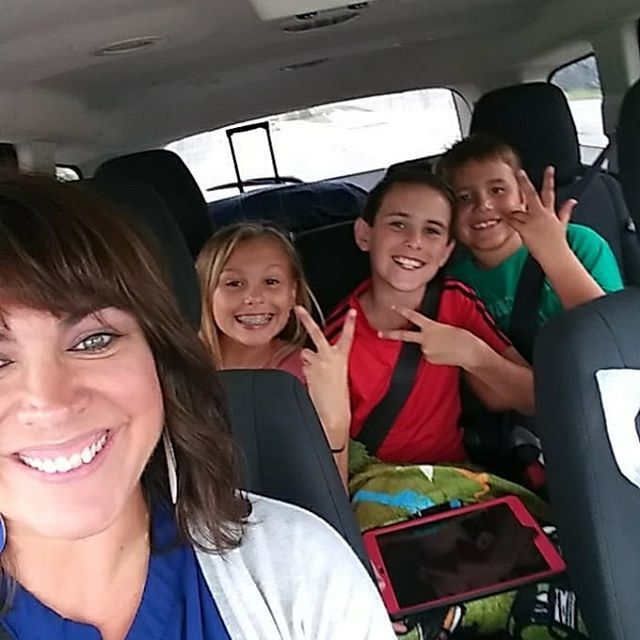 Road trip time. Chicago bound. Nothing like hanging with cousins and aunts to make vacay complete. #familytime #vacation #griswoldvacation #grateful https://ift.tt/2ka1k7B