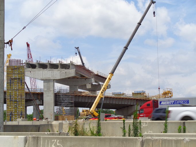 Some of the bridges on the #Transform285400 project now have beams and protective decking! #ProgressPic #WorkingForYou<br>http://pic.twitter.com/SzrzPUQyLx