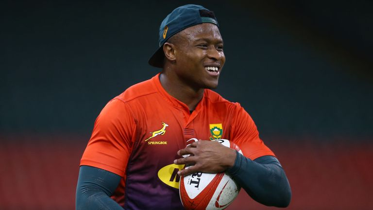 test Twitter Media - Dyantyi ruled out of Australia game ❌🏉  South Africa have been dealt an injury blow ahead of their Rugby Championship opener against Australia after Aphiwe Dyantyi picked up a hamstring injury.  👉 More here: https://t.co/ppXHesFUQD https://t.co/Ef1VkXUUPy