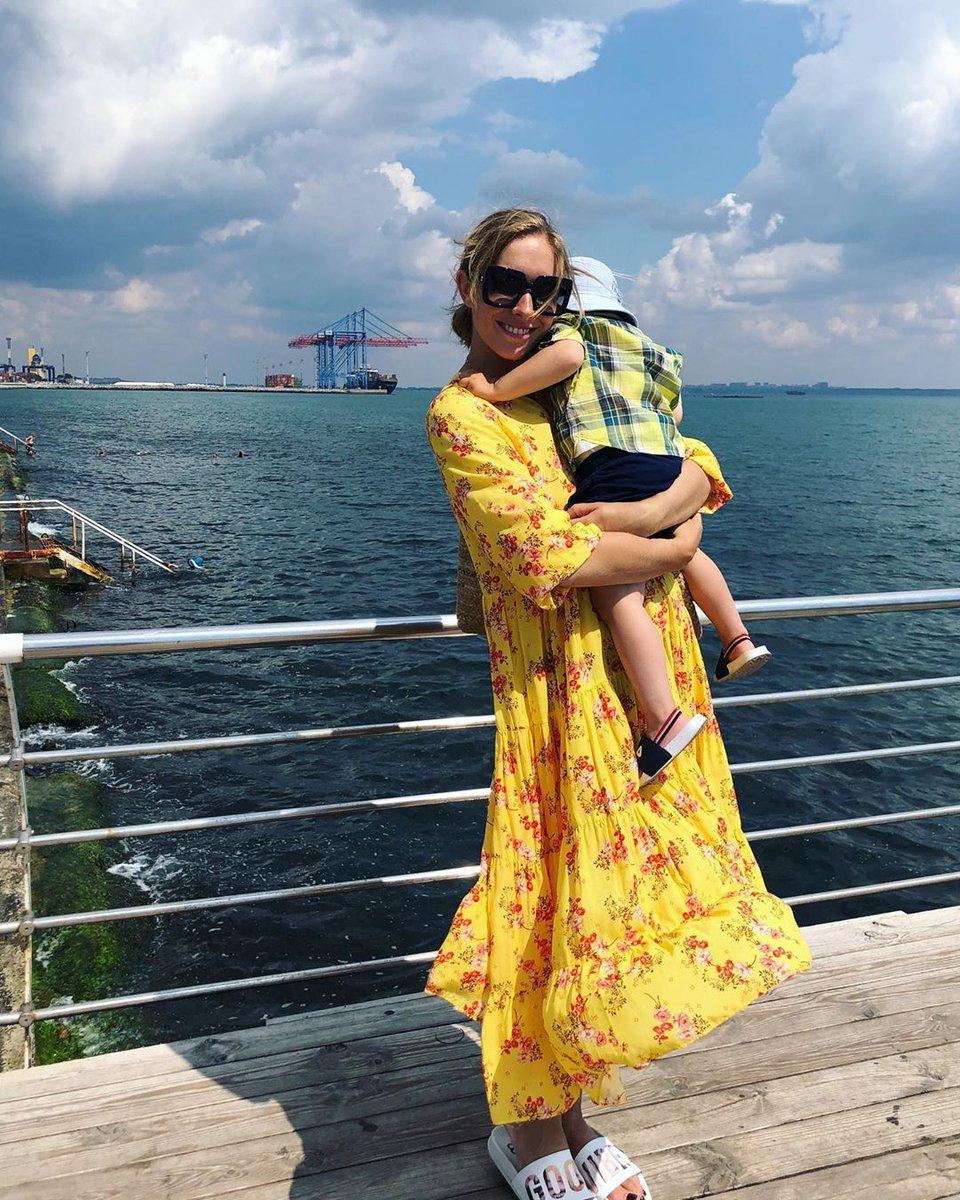 Осадчая с сыном Ваней в Одессе