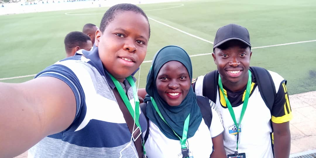 Match Day Face with #AFCON2019 returnee @PetaTabu and SK13's bro & Proline FC Media Officer  @LusulireR . Ha ha. (I sure did my best at introducing them)   #CECAFAKagameCup2019