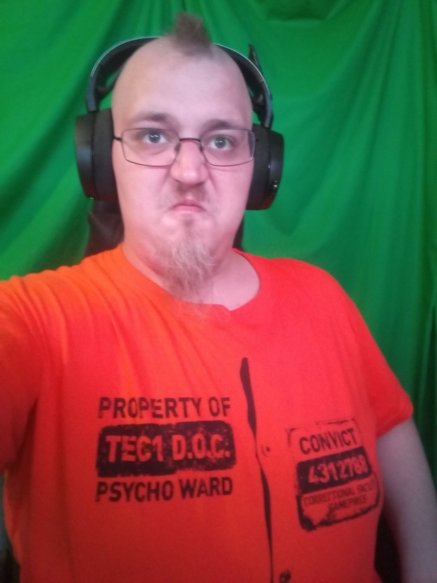 We are going live with some @ScumGame   Thanks for the awesomesauce shirt!!!  Now let's collect some heads !!!  #TeamB42 #scummunity #scumgame #twitchlive #twitchlivestream #live #videogame #KmZKaMiKaZe #twitchtv #twitchstreamer #TwitchAffilate #TwitchNetworks