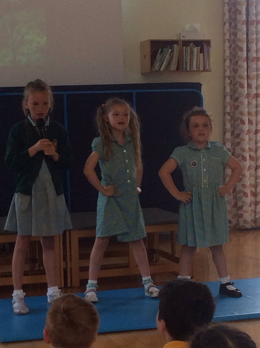 Such talented children in Year 2! #burlingtonsgottalent #singing #dancing #acting #gymnastics #teamwork #havingfun 👏👏👏