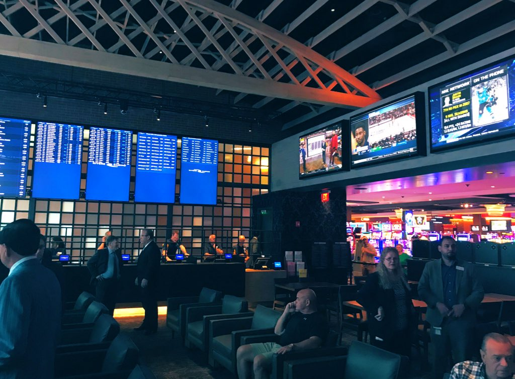 rivers casino sports betting hours