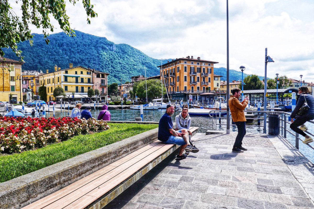 Afternoons in Iseo .... #LakeIseo #Lombardia #LagodIseo #Iseo #Italy https://t.co/v0Gt1KMt33