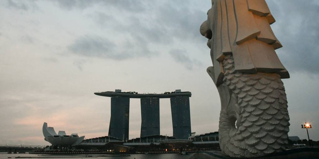 Singapore virtual banks to service Asia's unbanked millions https://t.co/tF1NjIUmCl #italy #singapore #asia https://t.co/rYZhE3m0Kk