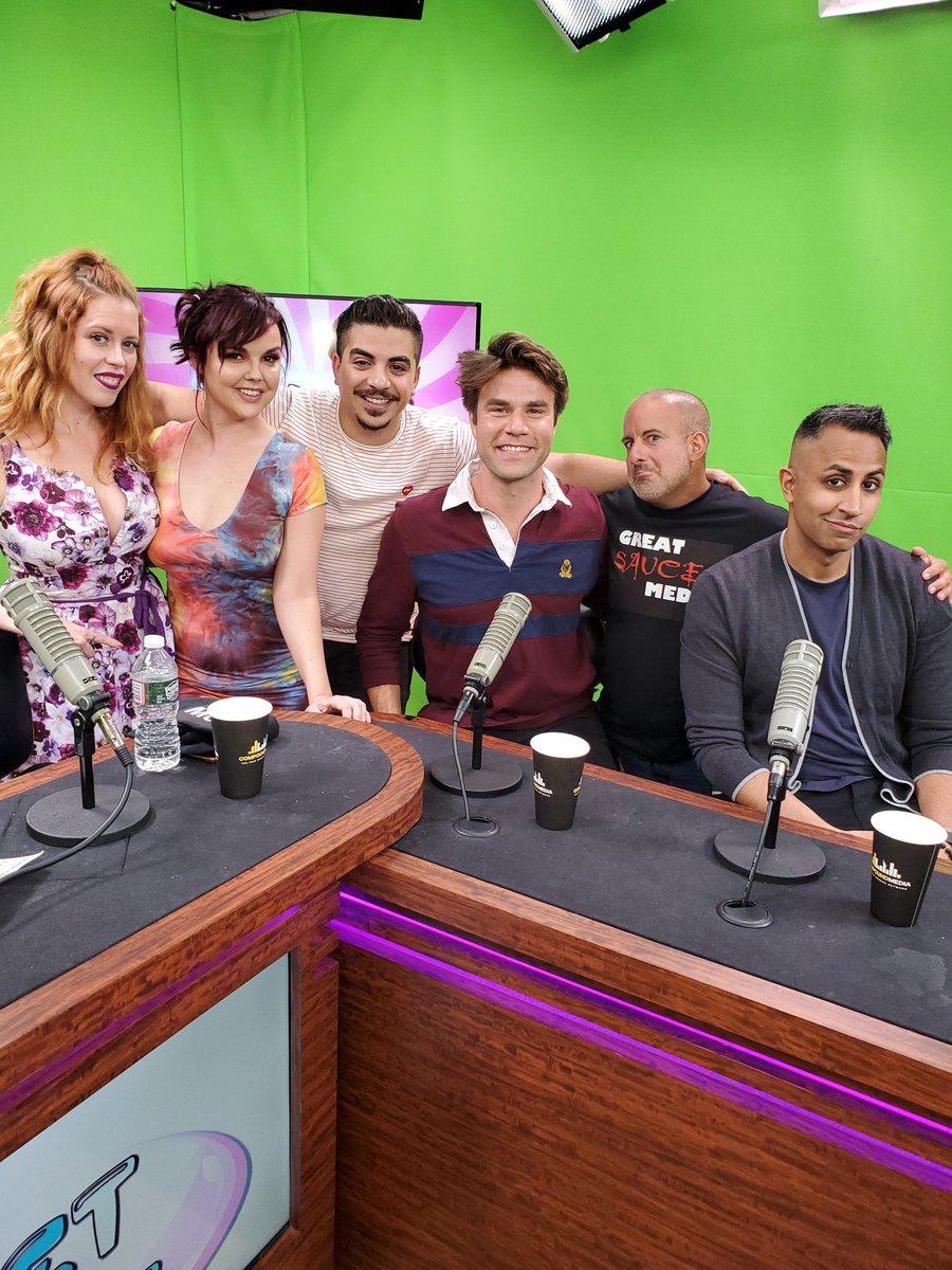 Full episode of the Wet Spot NOW AVAILABLE ON YOUTUBE!  Featuring @ChrisMorganThe1 @dillionharper @ComicMikeFigs @mondaypunday @alldaykca!    https:// youtu.be/Dj_EUFm1V3k     @CompoundAmerica #bagelboss #bagelguy #bagelbossman #BagelBossGuy<br>http://pic.twitter.com/1PihyAWo0r