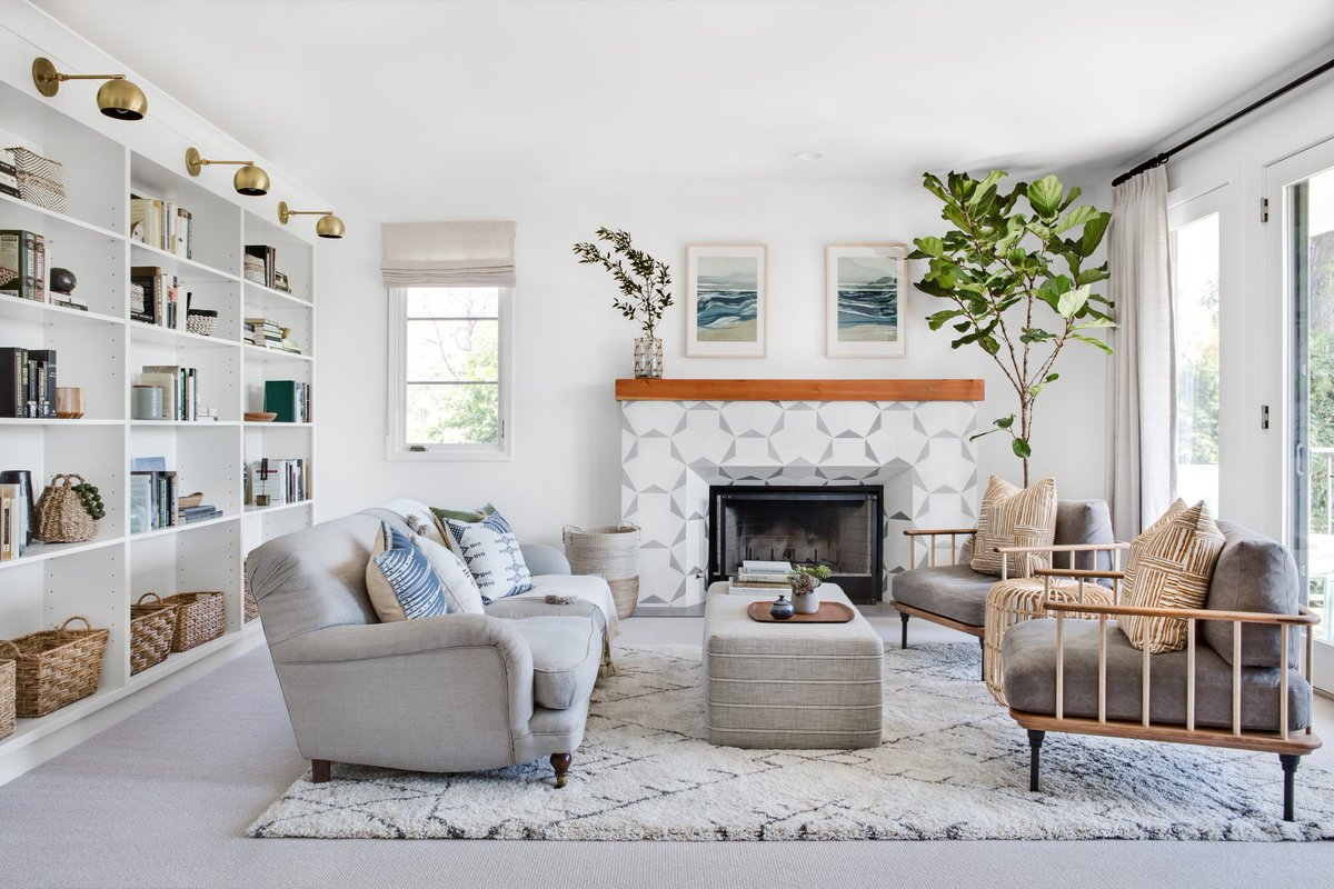 See how our designer completely remodeled a five-bedroom, Altadena, California, home into the perfect blend of global styles.  A California Home Gets a Major Mediterranean Overhaul:  https://t.co/ZkKih6SViy https://t.co/7dW5ynKa30
