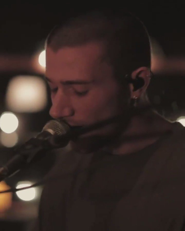 Dont be scared... The final acoustic from the #brentEP is right here! @jeremyzucker brings us Scared. youtu.be/vzxmrtCSeEw