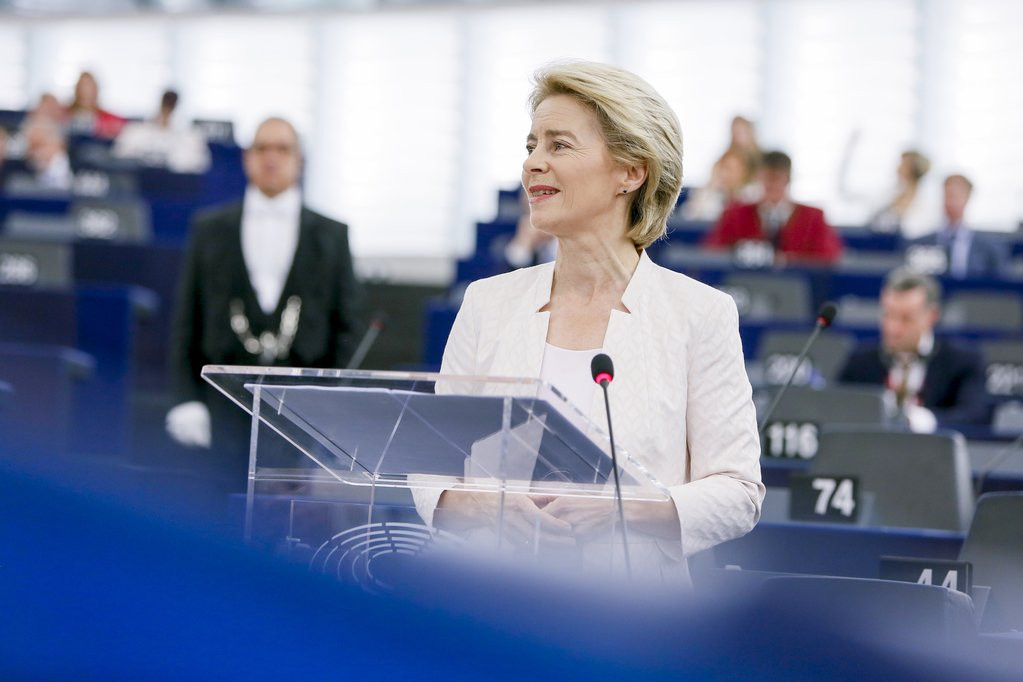 #BREAKING @vonderleyen has been elected as the new President of the European Commission. Despite voting against her nomination, we congratulate the first female Commission President, and look forward to working with her to build a greener, fairer and more democratic union 🇪🇺