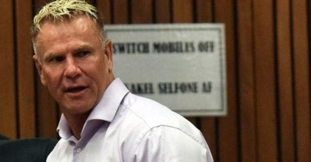 South African former footballer Marc Batchelor has been shot dead near his home in Johannesburg. More ➡ bbc.in/2Lnkm6i
