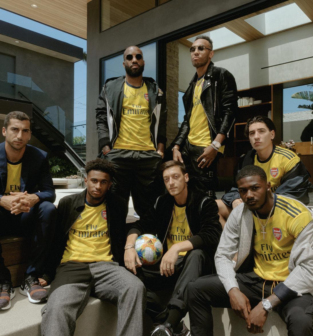 Swag turned all the way 🆙 @adidasfootball x @arsenal 😎