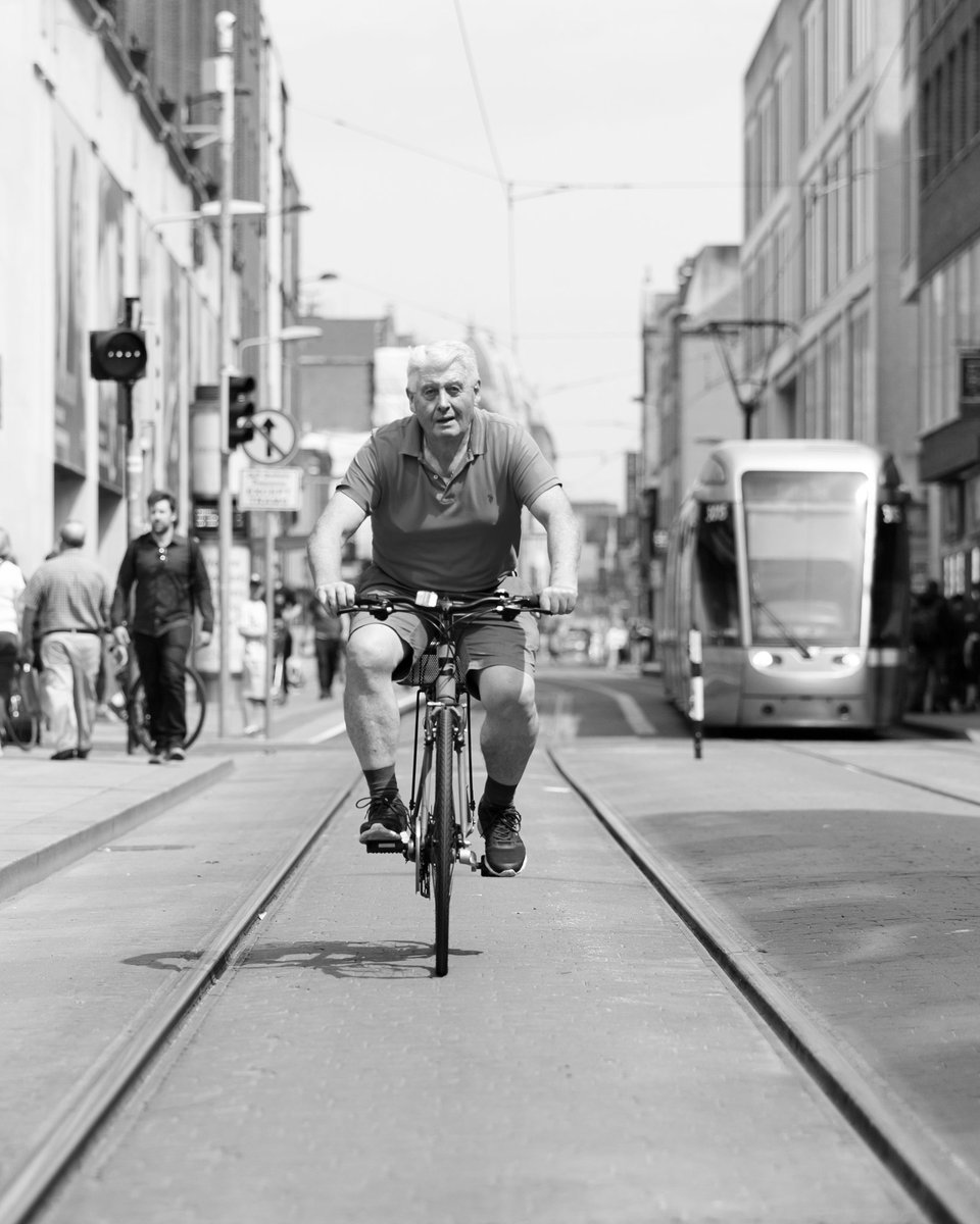#ireland #irelanddaily #irish #dublin #travel #discoverdublin #dublincity #lovedublin #instagood #love #happy #visitdublin #igersdublin #dublindaily #dailyphoto #picoftheday #blackandwhite #canon5dsr #canon #igersdaily #streetphotography #bnw #tourism#town#urban