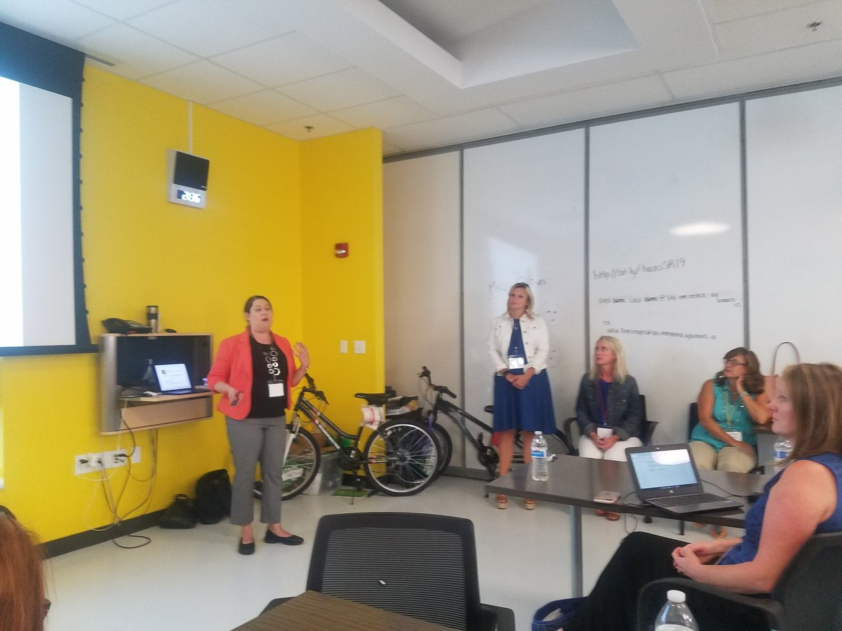 Hacking Libraries is the next big thing. Are you finding out how? @emilydnorthcutt @lieberrian #KASLSR19<br>http://pic.twitter.com/9aLmaKz5Px
