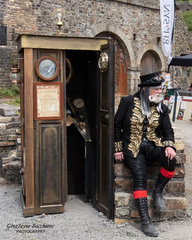#Geek 🤓 Awesome of the Day: #DoctorWho #TARDIS for #Whovians at #Steampunk ⚙️ Fair at the #Ironworks in #Blaenavon #UK 🇬🇧 via @GBacchioni #SamaGeek