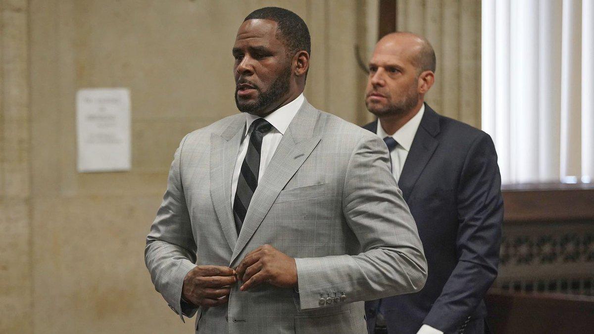 R. Kelly pleads not guilty to federal sex crimes; judge denies bail 2wsb.tv/2JPNrEC