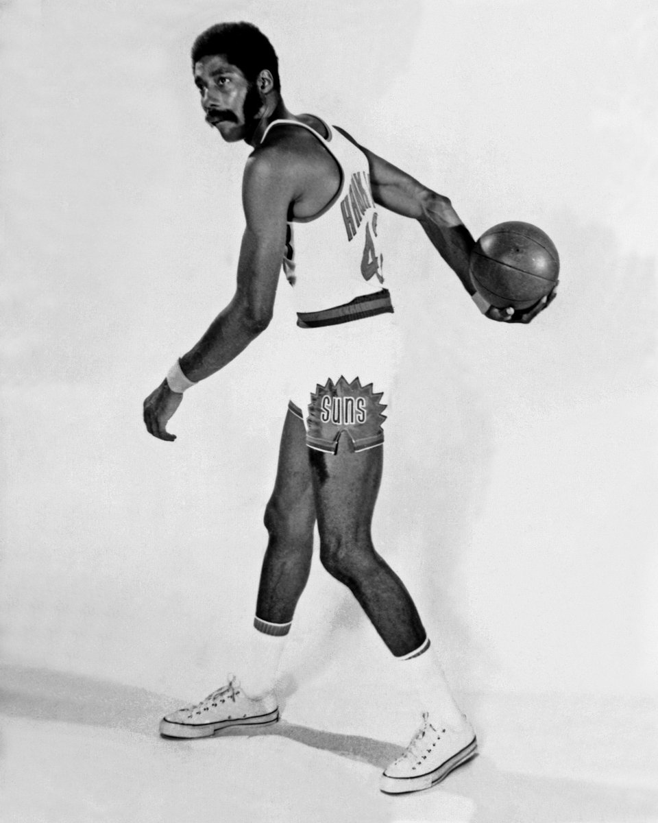 Today we remember 5x All-Star & @Hoophall inductee Connie Hawkins (1942-2017).
