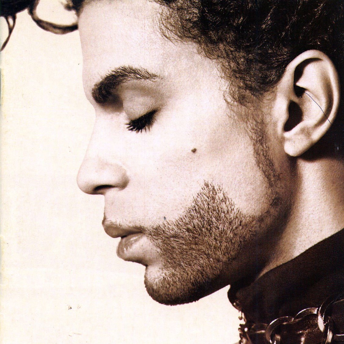 """#nowplaying: """"Dirty Mind"""" from """"The Hits/The B-Sides (Disc 2)"""" by #Prince<br>http://pic.twitter.com/kT9NPGfwzW"""