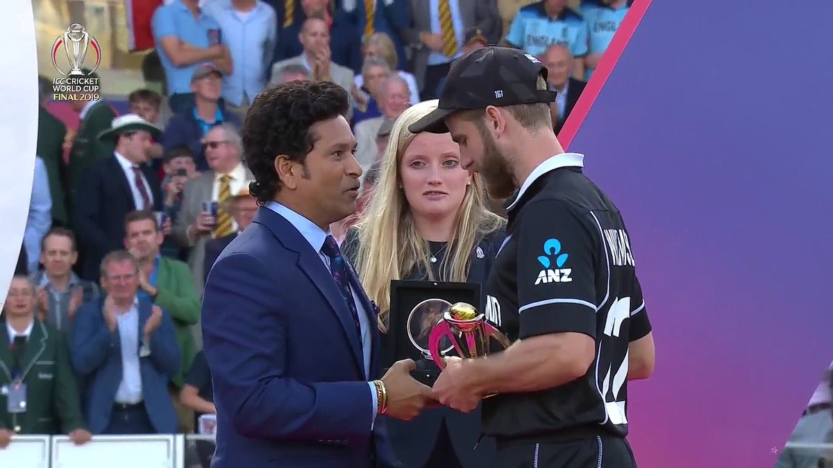 Your composure and dignity viewing the sequence of events was remarkable. Your dignified grace and silence 48 hours since is simply remarkable. We know you have one hand on that WC. You not just Kane. You Kane and Able. God bless. #CWC19
