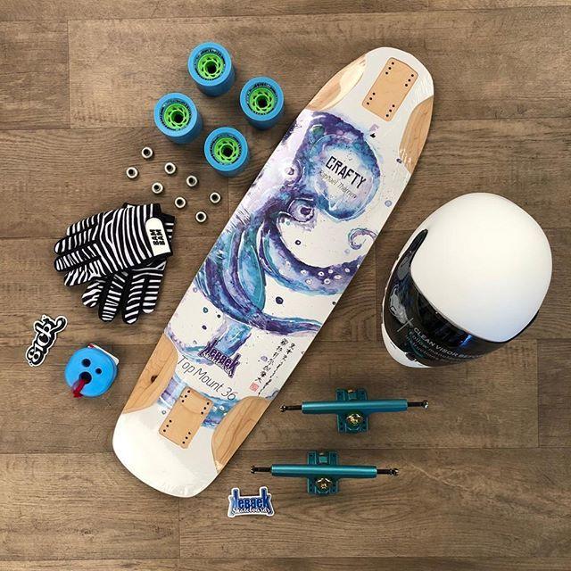Last animal of today, a Kebbek Crafty, perfect for some downhill action #kebbekskateboards . . #longboarding #downhilllongboarding #seismisskate #tsg #fullface #calibertrucks #bambamskate #holesom #zealous https://ift.tt/2lhhJHwpic.twitter.com/5cbc2g7kNn