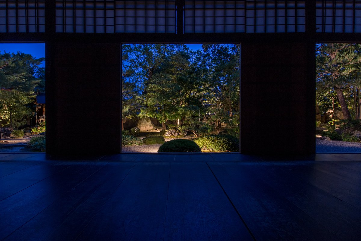 After you enjoy the float procession of Gion Festival, please enjoy the tranquility at Shunkoin Temple tonight. Special Night-time Opening (https://shunkoin.com/special-night-time-opening-jun-29th-aug-4th-1700-2030/…) #Kyoto #GionFestival #specialevent #nighttime #temple #garden #illumination