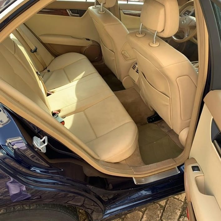 #TUNNGA Whos getting this super clean 2009 C300 today for just 3.7million naira?. Slide up my Dm let close the deal. Location: Abuja Duty fully paid Very sound engine and beautiful interior. Kindly retweet please, our next client is on your TL 🙏🏾 #Bigmancarport