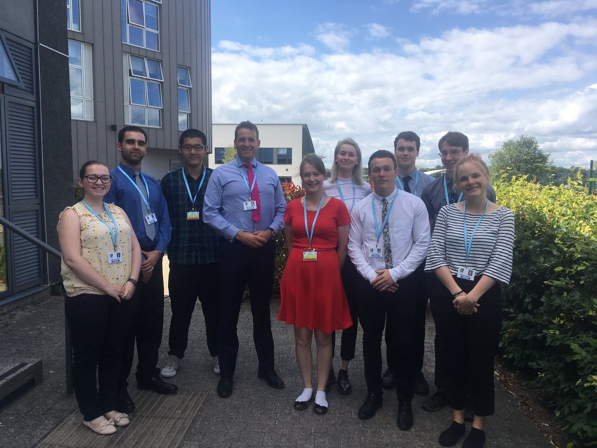Our first 4-week Teaching Internship programme with 9 wonderful STEM undergrads ended with research presentations to @StJohnsMarlb Principal Ian Tucker & other key staff. Fantastic work and great staff feedback. Hope you'll all apply for a PGCE in the future! #getintoteaching