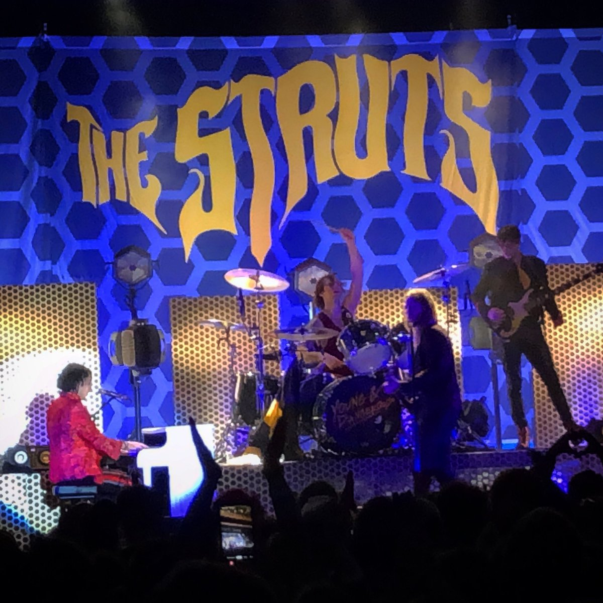 Well done @TheStruts. Thanks for coming to Indy!