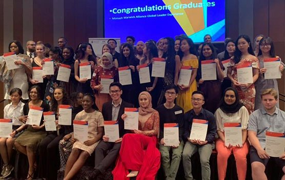 Last week 47 students have graduated from the inaugural Global Leader Experience, an exciting collaboration challenging students to adapt and thrive in a new context, embrace diversity & establish global networks mona.sh/XXUL30p8VHY @MonashUni @warwickuni @MonashMalaysia